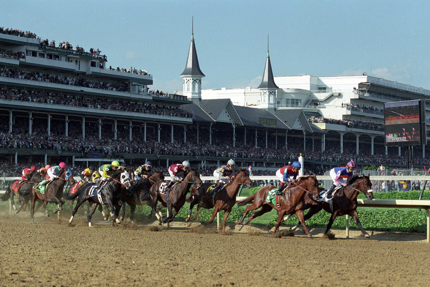 The first corner at Churchill Downs